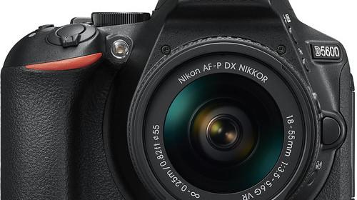 nikon-d5600-with-18-55mm-lens
