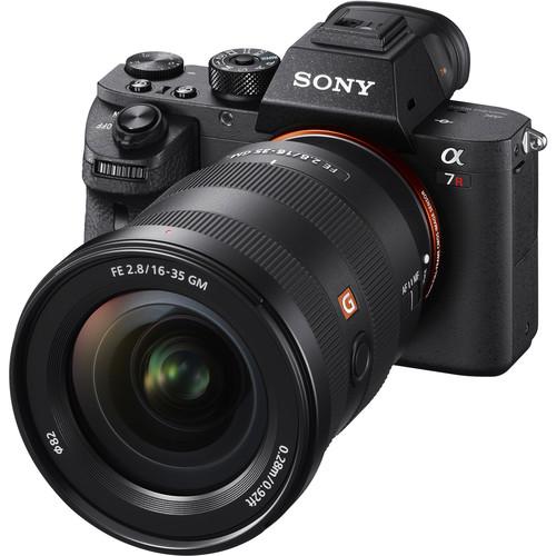 Sony-FE-16-35mm-f2.8-GM-Lens-2