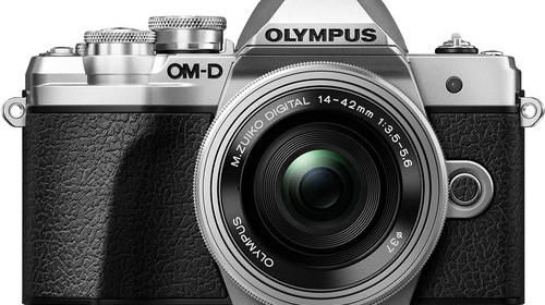 Olympus-OM-D-E-M10-Mark-III-with-14-42mm-EZ-Lens-3