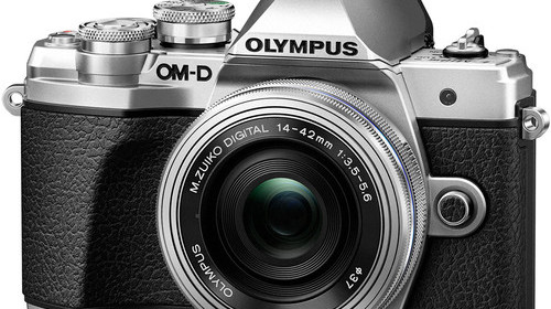 Olympus-OM-D-E-M10-Mark-III-with-14-42mm-EZ-Lens-4