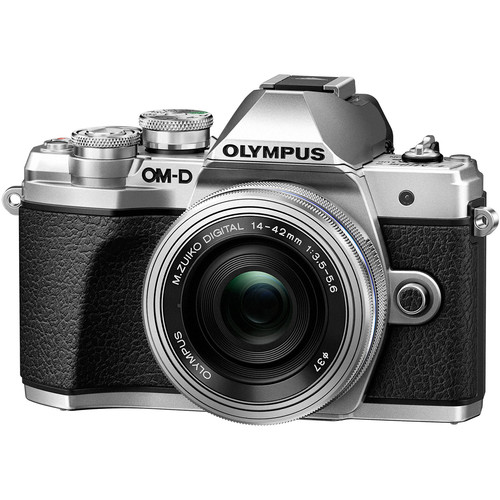 Olympus-OM-D-E-M10-Mark-III-with-14-42mm-EZ-Lens-4